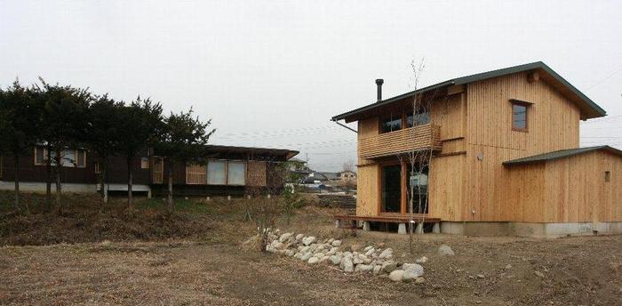 IMG_0207北沢建築モデルハウスと.JPG